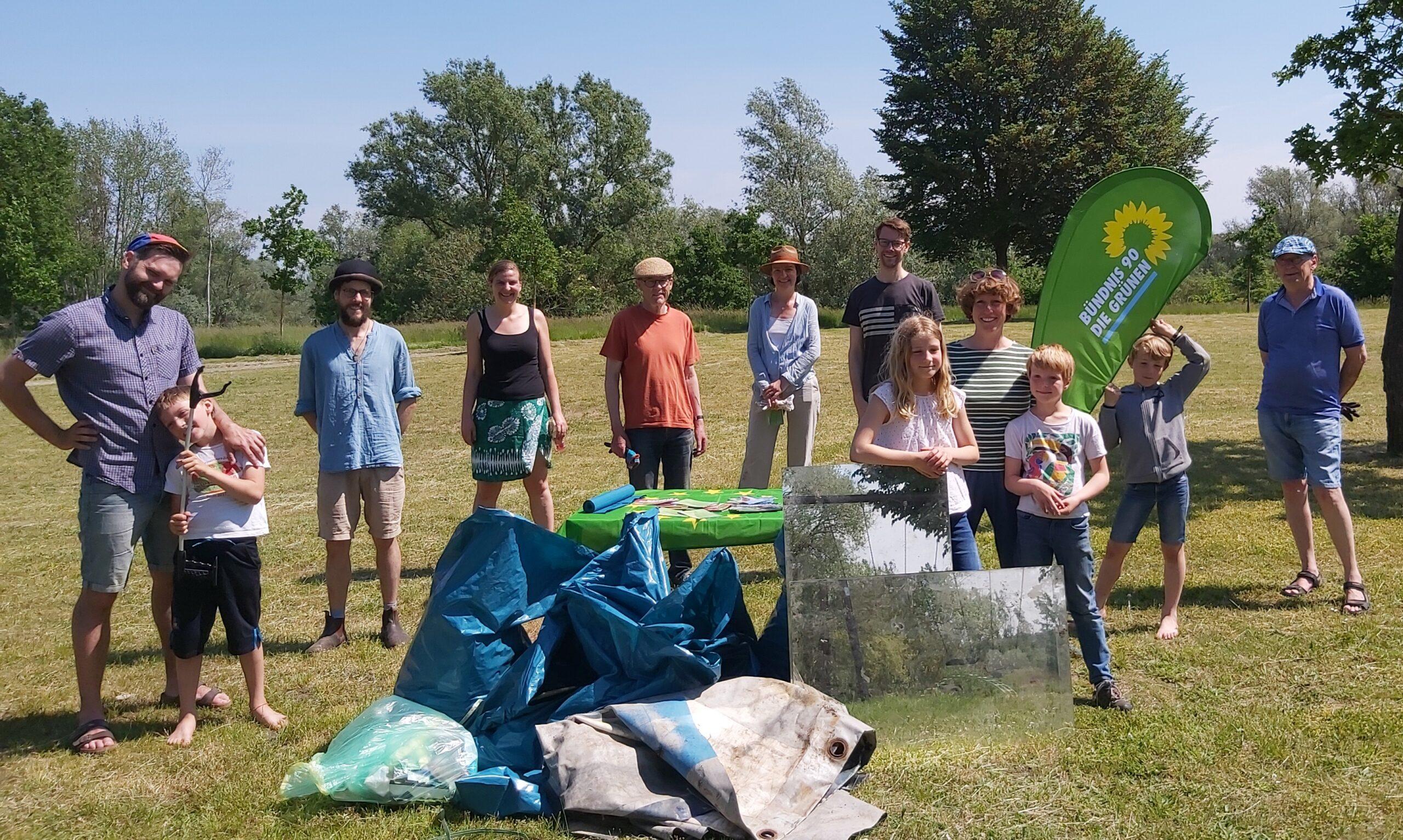 Grün räumt auf – Müllsammelaktion am Tag der Umwelt